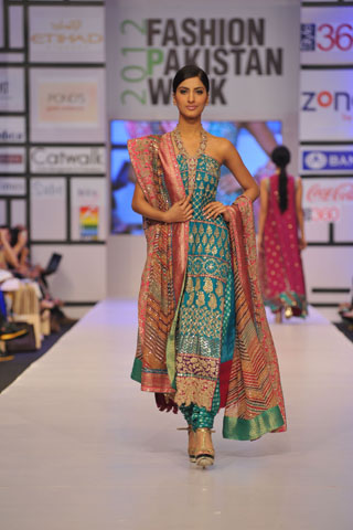 Fashion Pakistan Week 2012 By Umar Sayeed Latest Pakistan Fashion Shows Pakistani Fashion Weeks