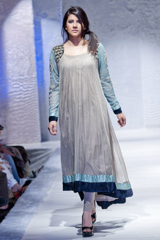 Pakistan Fashion Week Collection At London By Maria B