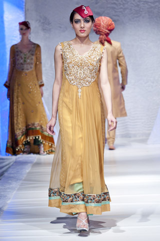 Latest Pakistan Fashion Shows Pakistani Fashion Weeks Fashion Is The Soul Of Style Brings